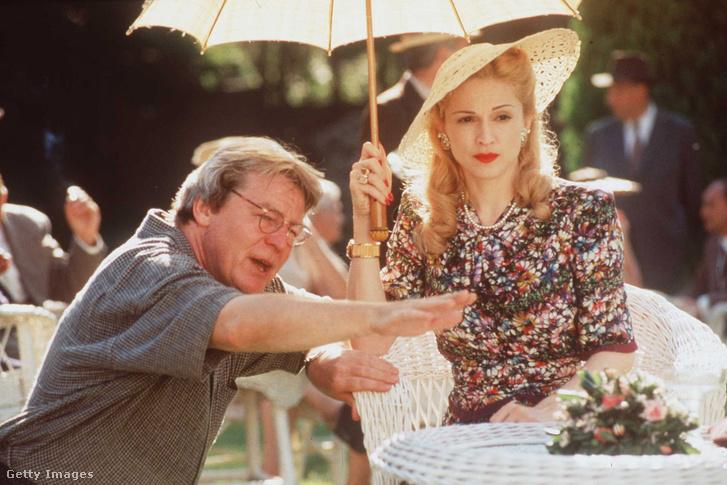 Alan Parker és Madonna az Evita forgatásán 1997-ben