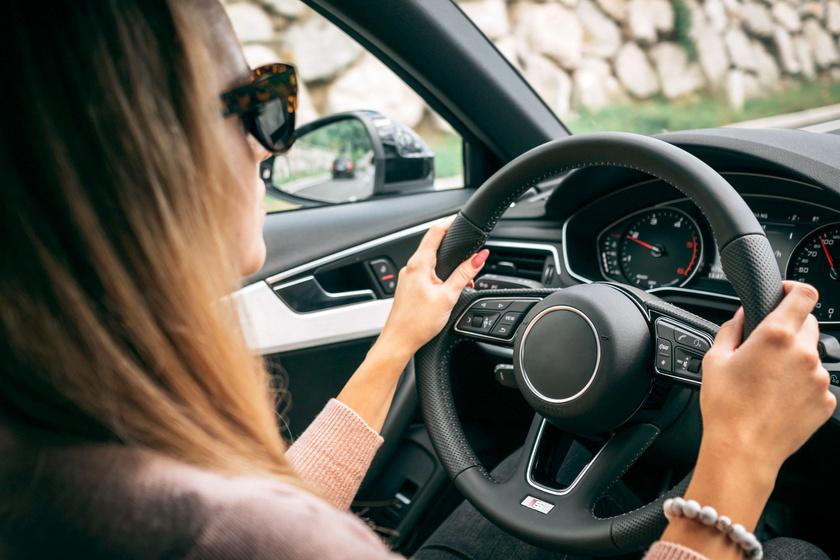 A 17 éves magyar lány többet tud a vezetésről, mint bárki: tippeket is ad
