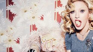 Madonna születésnapjára az életkora felét leretusálták róla