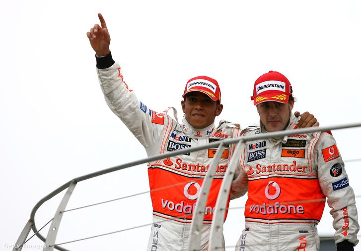 Ennyire azért nem voltak jóban Lewis Hamiltonnal 2007-ben