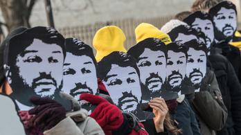 Mot tényleg kiengedték a török Amnesty elnökét
