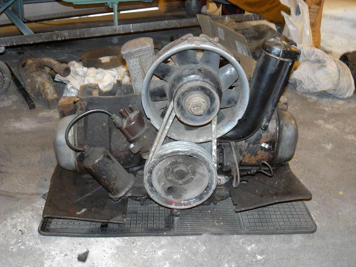 Egy fossá hullott motor
