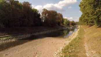 Esztergomnál kiszáradt a Duna egyik ága