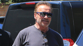 Arnold Schwarzeneggert nem engedték be a budapesti Gucciba