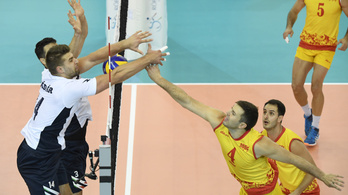 Piszkos trükkel szívatták a magyar röplabdásokat a macedónok
