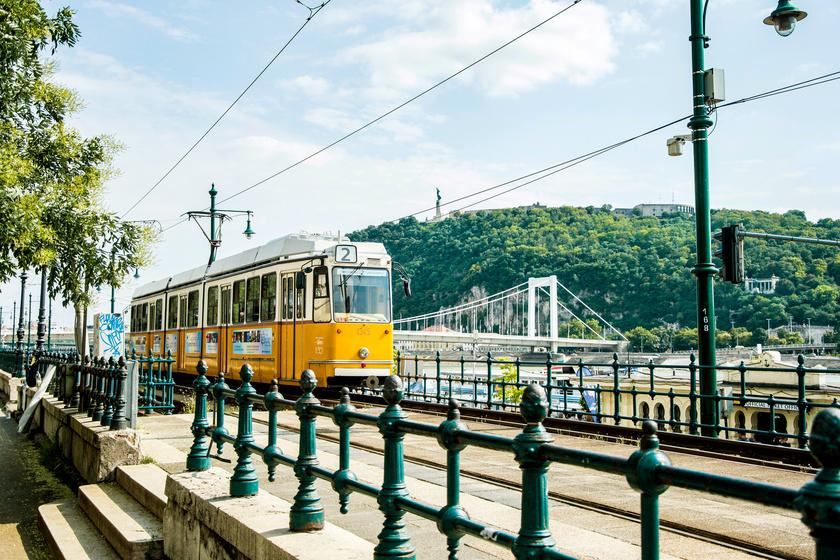 A MÁV és a BKK közlekedési rendje is teljesen megváltozik a hosszú hétvégén