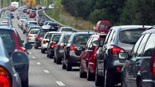 Óriásdugók az M7-esen: mitől áll be az autópálya, ha nem is történt semmi?