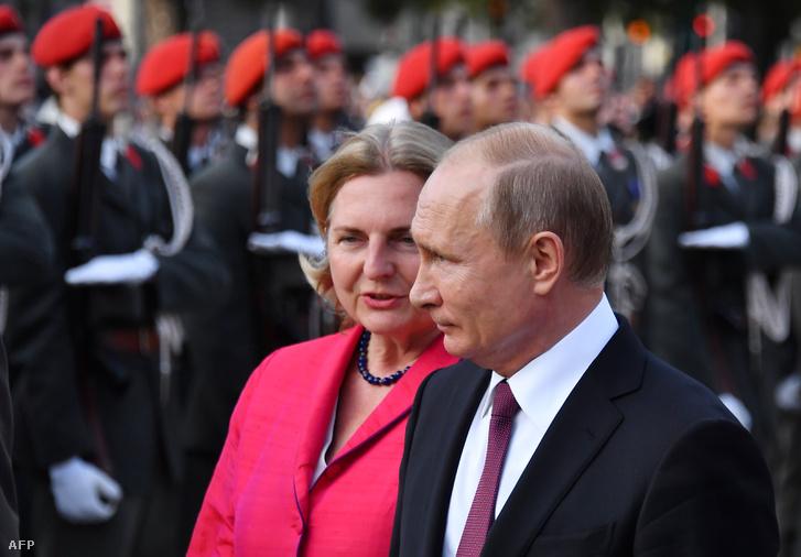 Kneissl és Putyin 2018 júniusában Bécsben