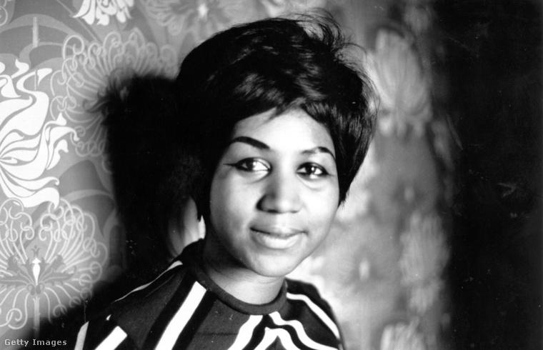 Aretha Louise Franklin amerikai énekesnő-dalszerző a női egyenjogúság szimbóluma volt, élete 76 éve alatt generációkat inspirált olyan számaival, mint a Recpect vagy a Natural woman