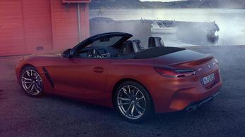 Kiszivárgott gyári képeken a BMW Z4