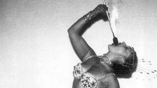 Ma is lenyűgöző látni ezeket a tűznyelő nőket az 50-es évekből