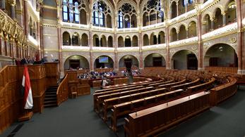 Teljes a Fidesz–KDNP-s bojkott: senki nem ment el a parlamentbe