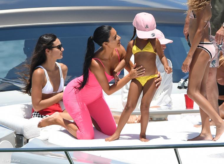 De úgy tűnik, az ilyen apróságokon Kardashian már túl van
