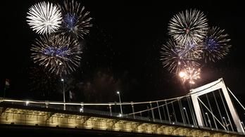358 tűzijátékot jelentettek be augusztus 20-ára