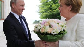 Merkel és Putyin olyan jóban van, hogy tegezik is egymást