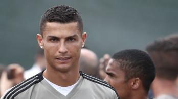 Ronaldo is átdalolta magát az újoncok beavatási szertartásán