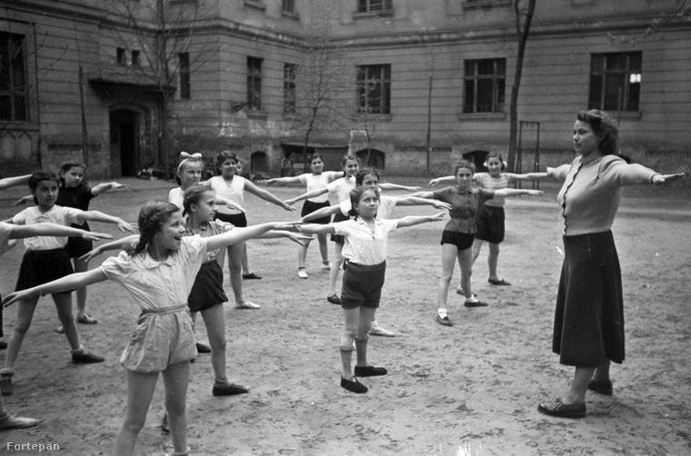 1921.ben törvény született az iskolai testnevelésről