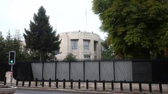 Rálőttek az ankarai amerikai nagykövetség épületére