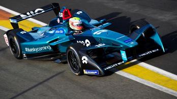 Egy halom Formula-E-autó lett eladó hirtelen
