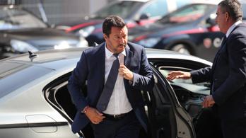 Olasz pénzügyi biztost szeretne a menekültfaló belügyminiszter