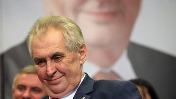 Az oroszbarát cseh elnök nem tart beszédet a prágai tavasz 50. évfordulóján