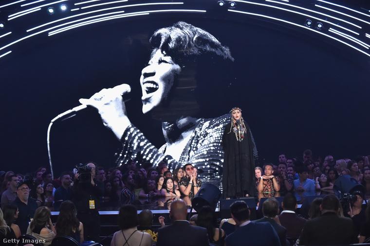 Hétfő éjjel-kedd hajnalban megvolt az idei MTV Video Music Awards, azaz az egykor zenét sugárzó csatorna nagyszabású celebpartija