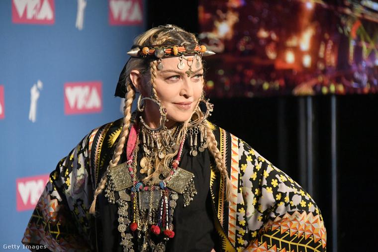 Madonna egyébként a hétvégén Marokkóban töltötte 60