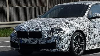 Olvasói kémfotókon a következő BMW-újdonság