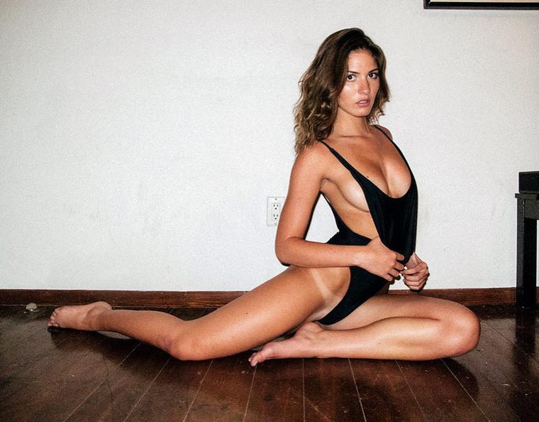 inkább egy 22 éves Playboy-modell, bizonyos Shauna Sexton iránt kezdett fokozottabb érdeklődést mutatni
