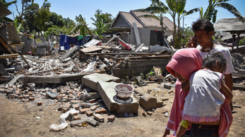 515-re emelkedett az indonéz földrengés halálos áldozatainak a száma
