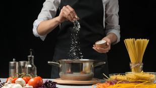 Mennyi só kell a tészta főzővizébe, hogy tökéletes legyen?