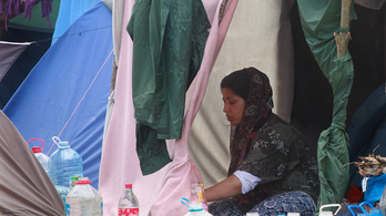 Egy afgán nő a nyolcadik menedékkérő, akinek nem adnak enni a magyar hatóságok