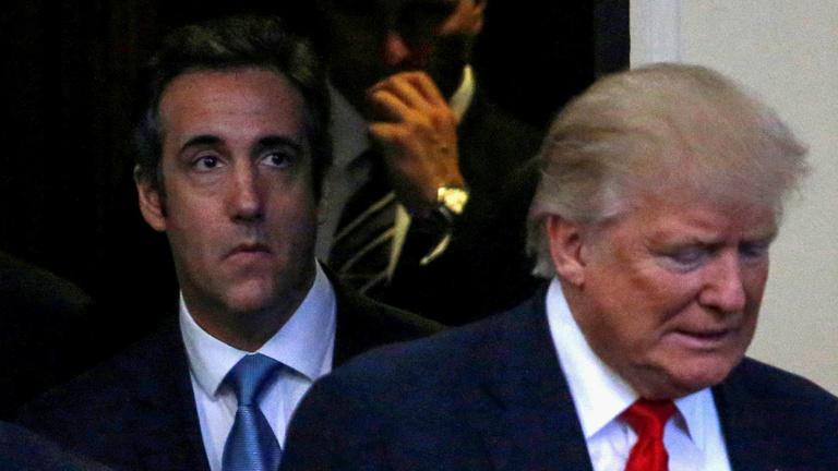 Elnöksége legforróbb perceit éli Donald Trump