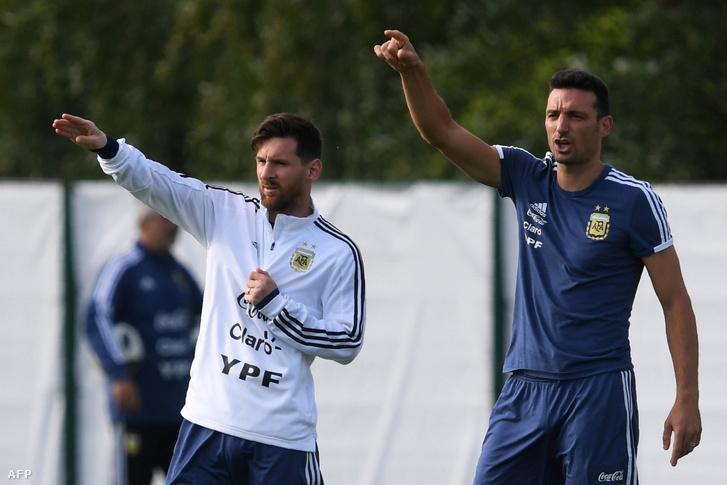 Messi és Scaloni egy korábbi argentin edzésen
