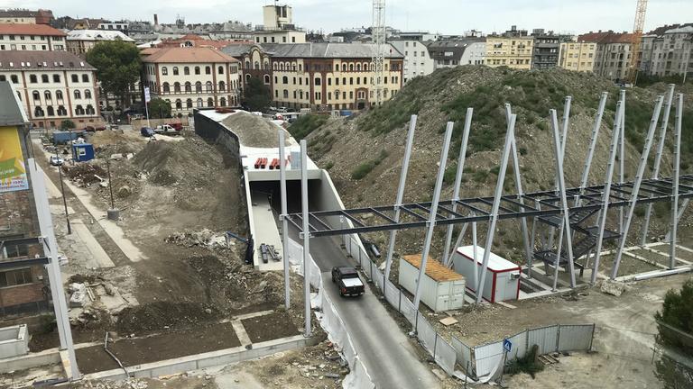 Mi értelme van így az alagútnak a Millenárison?