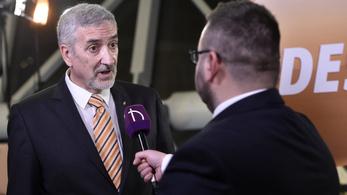Velencén tanácskozik a Fidesz a migrációról