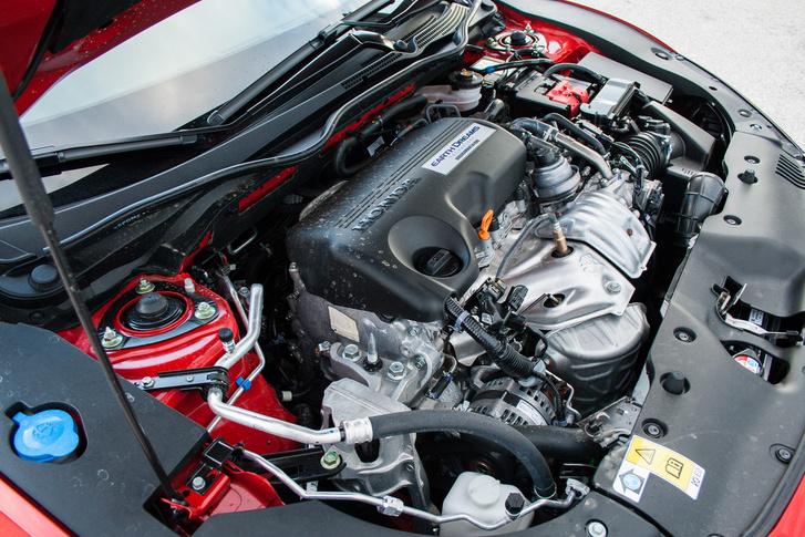 Egy kilométeren 108 gramm a motor CO2 kibocsátása