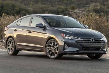Szigorú stílusban újul meg a Hyundai népautója