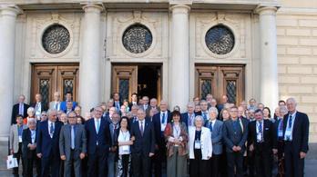 Európai tudósok kritizálják az Orbán-kormányt