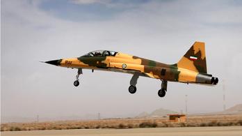 Új iráni lopakodó = 40 éves amerikai vadászgép