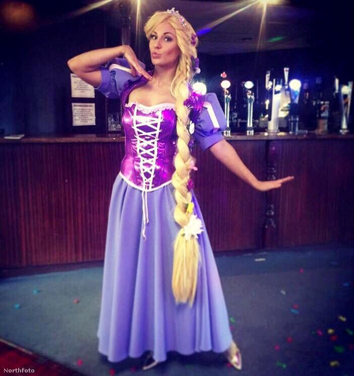 ...Disney-hercegnők megformálásban.