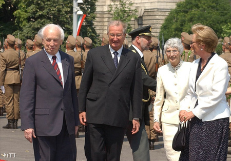 Mádl Ferenc, II. Albert, Mádl Dalma és Paola hercegnő.