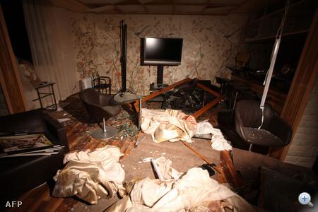 A támadásban állítólag meghalt Kadhafi legkisebb fia, Szeif el-Arab és a líbiai vezető három unokája is.