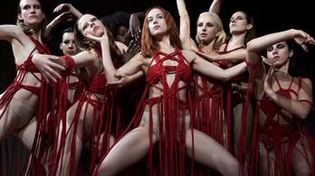 Táncoló véres balettcipők