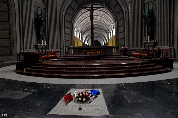 Franco síremléke