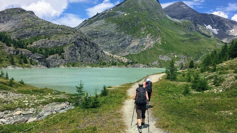 Gyalog a gleccserektől a tengerpartig