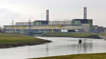 Úgy felmelegedett a Duna, hogy kis híján le kellett állítani a paksi atomerőművet