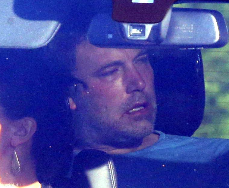 Jennifer Garner elvonóra viszi Ben Afflecket.