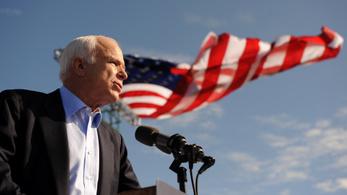 81 évesen meghalt John McCain