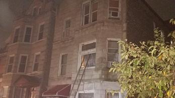 Többen meghaltak egy hajnali lakástűzben Chicagóban